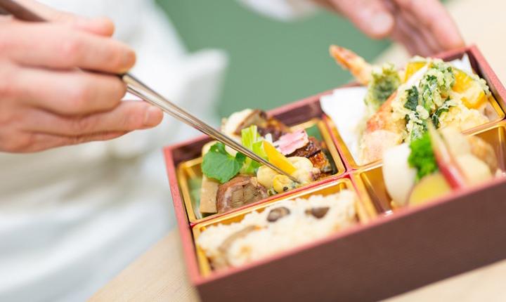 本格料理「名匠藤山」の料理でおもてなし